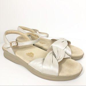 SAS Tripad Comfort Leather Knotted Open Toe Sandal